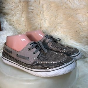 Sperry Bahama pewter sequined boat top sider 6 M